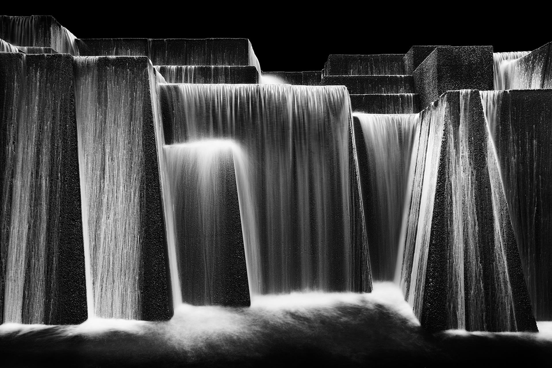 Scott Hoyle, Keller Fountain