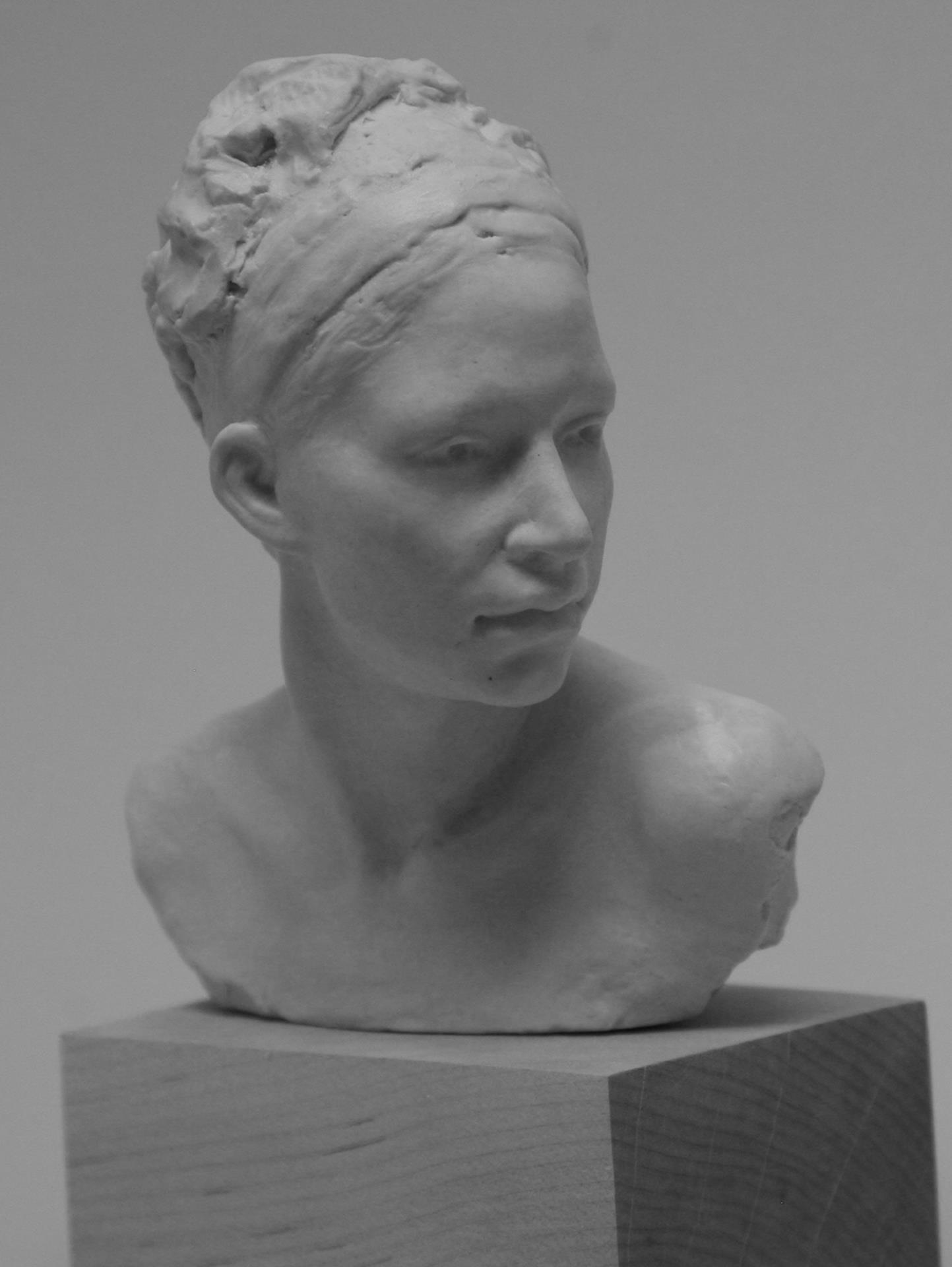 Anna Lee-Hoelzle, Dana