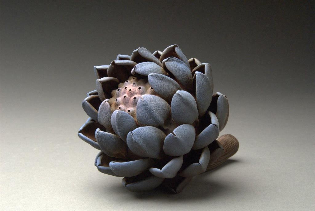 Artichoke #3, Hsin-Yi Huang, porcelain