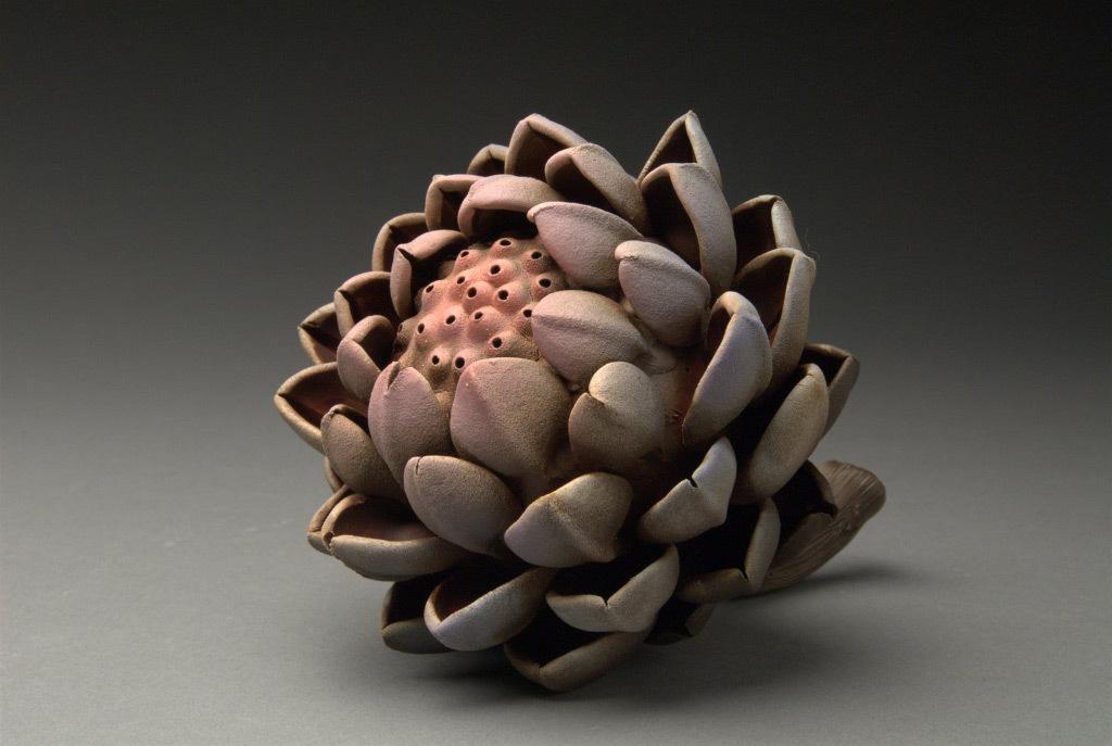 Hsin-Yi Huang, Artichoke #2, porcelain